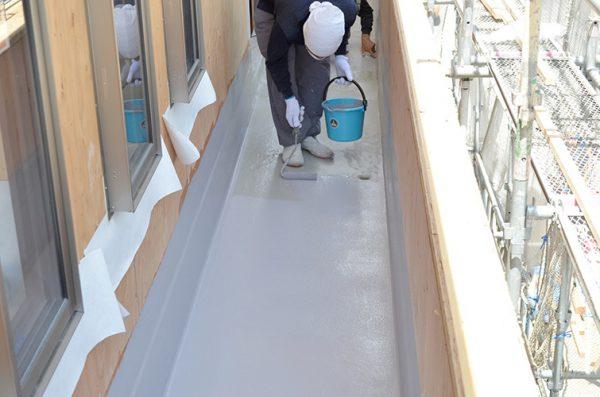 ベランダ防水塗装施行は信頼できる業者を選びたい